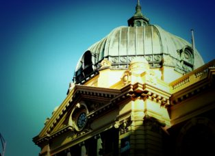 Flinders St Station, by James Sinclair, on flickr